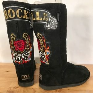 Koolaburra Rock n Roll Tall Sheepskin Boots W8 M7
